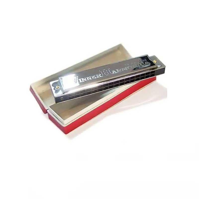 Suzuki Winner Tremolo 16 Harmonica incl cover